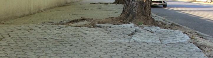pavimento-en-mal-estado-723x198